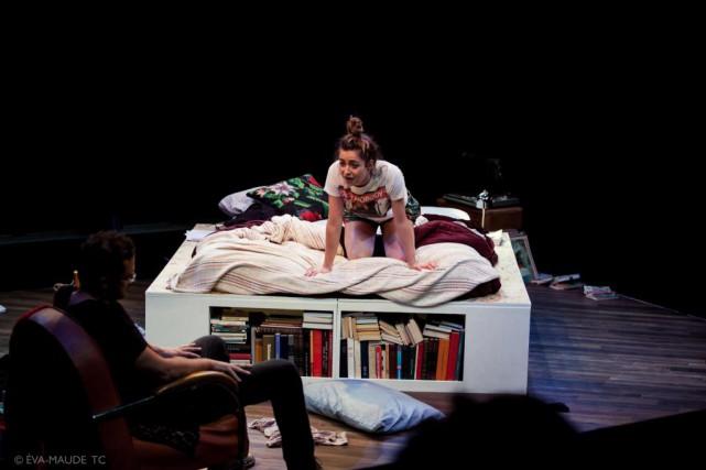 Francis-WilliamRhéaume et CatherineChabot dans la pièce Dans le... (PHOTO ÉVA-MAUDE TC, FOURNIE PAR ESPACE LIBRE)