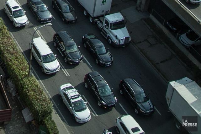 La circulation sera perturbée toutes les nuits, cette semaine, jusqu'à samedi,... (Photo archives La Presse)