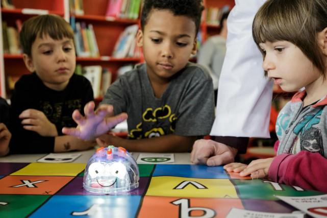 commission scolaire marguerite bourgeoys la programmation informatique d s la maternelle. Black Bedroom Furniture Sets. Home Design Ideas