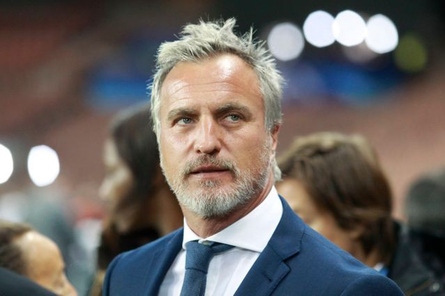 David Ginola... (CAPTURE D'ÉCRAN)