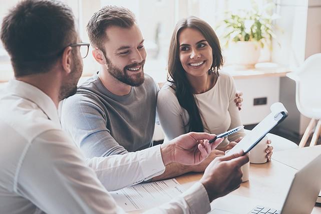 Voyez comment vous assurer que votre courtier immobilier ou hypothécaire répond...
