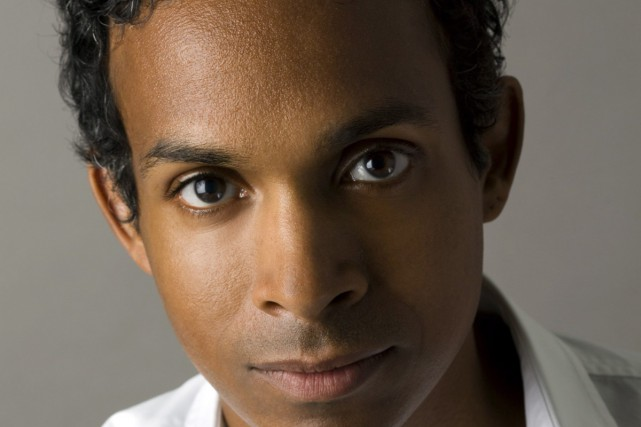 David Chariandy remporte le Rogers Writers' Trust Fiction, qui est assorti... (Photo La Presse Canadienne)