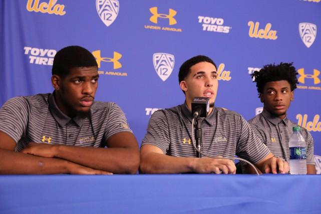 De gauche à droite : Cody Riley, LiAngelo... (PHOTO REUTERS)