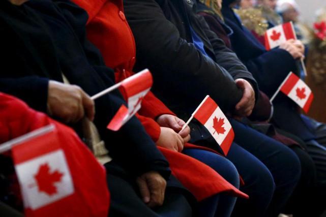 Des réfugiés syriens se sont fait offrir des... (PHOTO MARK BLINCH, ARCHIVES LA PRESSE CANADIENNE)