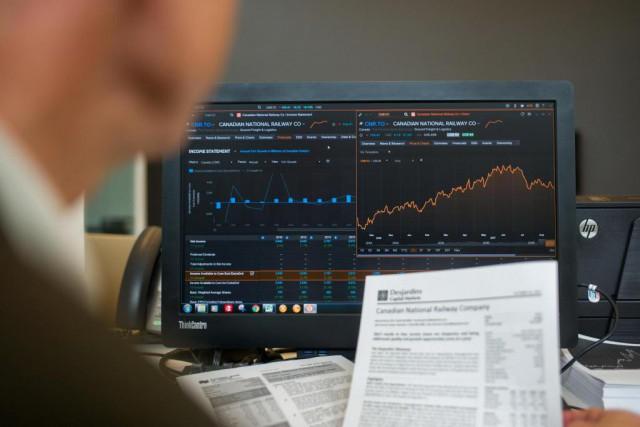 Les pros de l'investissement boursier et les journalistes... (photo martin tremblay, archives la presse)