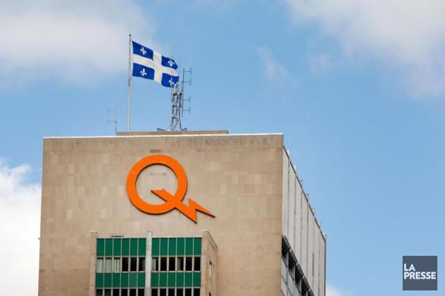 Hydro-Québec rapporte un profit de 288 millions, en... (Photo Robert Skinner, Archives La Presse)
