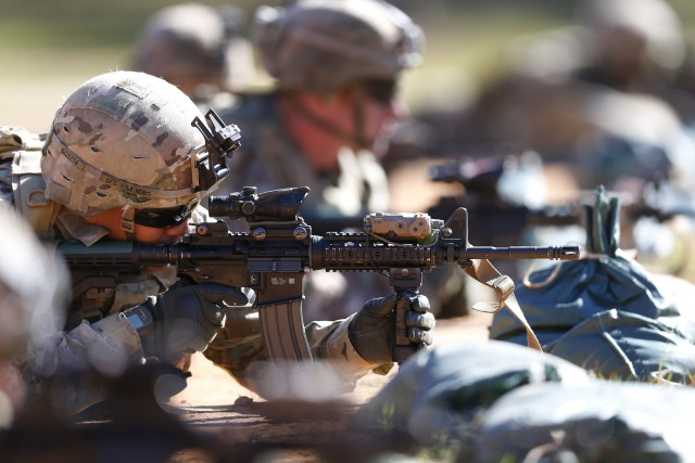 Les renforts auront pour mission d'entraîner et assister... (PHOTO AP)