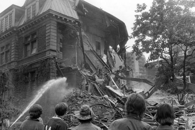 La Maison Van Horne sous les pics des... (Photo archives La Presse)