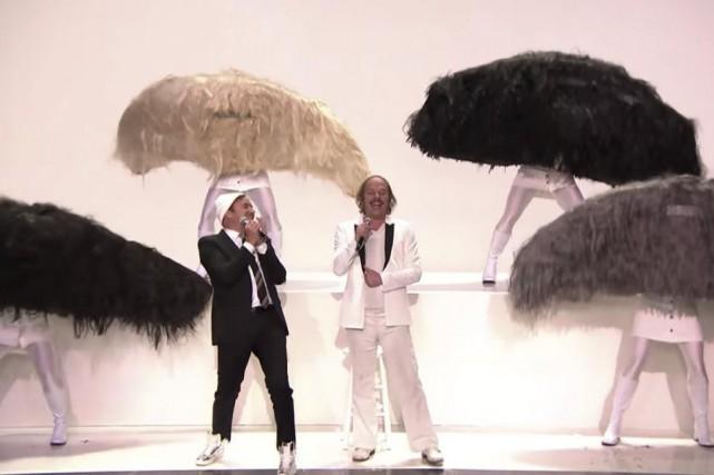 Jimmy Fallon etPhilippe Katerine ont interprété ensemble la... (capture d'écran)