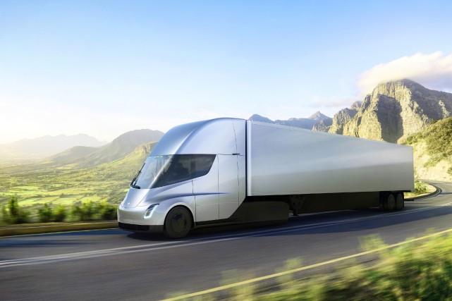 Teslaa présenté jeudi une nouvelle semi-remorque électrique qui,... (Photo Tesla / AP)