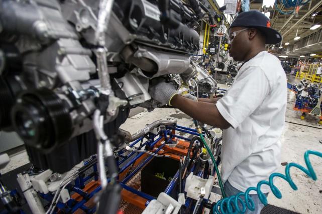 Certains représentants de l'industrie automobile ont averti que... (Photo Geoff Robins, AFP)