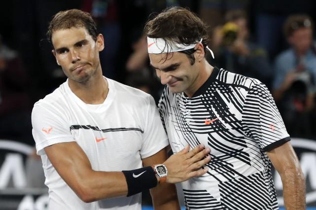 Rafael Nadal et Roger Federer... (Photo Dita Alangkara, archives AP)