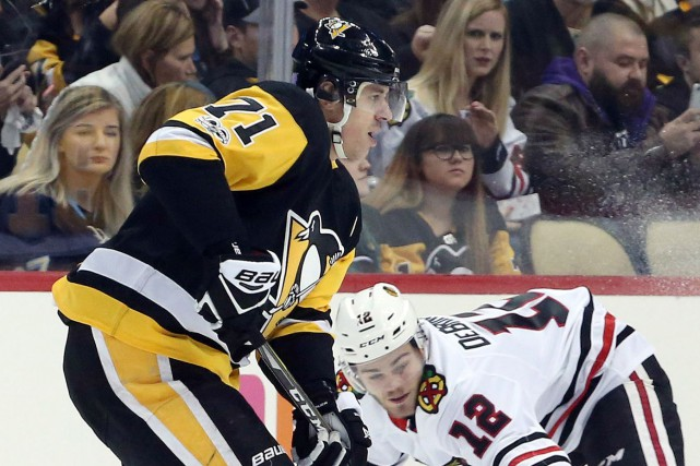 Le centre des Penguins de Pittsburgh Evgeni Malkin ratera au moins un match en... (PHOTO REUTERS)