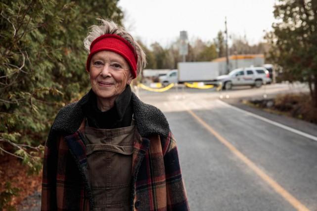 Hélène Gravel, qui habite à l'année sur le... (Photo Hugo-Sébastien Aubert)
