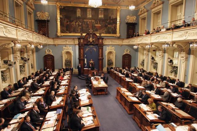 Le Salon bleu de l'Assemblée nationale... (Photo Jacques Boissinot, Archives La Presse Canadienne)