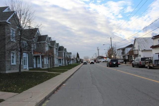 Preuve que la ville se revitalise, d'anciennes demeures... (PHOTO JULIE ROY, COLLABORATION SPÉCIALE)