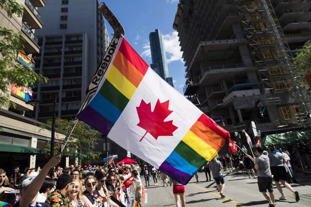 Les détails de l'entente seront dévoilés mardi en... (Photo Mark Blinch, La Presse canadienne)