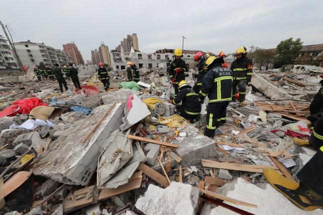 La déflagration s'est produite en début de matinée... (PHOTO REUTERS)