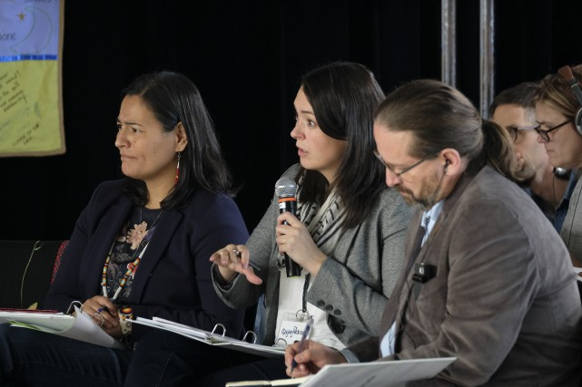 Trois des quatre commissaires, Michèle Audette, Qajaq Robinson... (Photo Julien Choquette, collaboration spéciale)