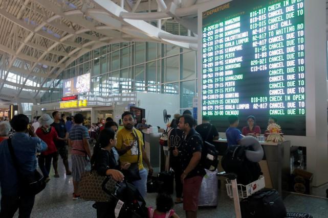 L'aéroport a rouvert à 15h00 locales (2h00 à... (REUTERS)