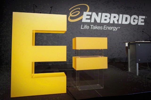 L'opérateur d'oléoducs canadien Enbridge a annoncé mercredi vouloir céder en... (PHOTO ARCHIVES LA PRESSE CANADIENNE)