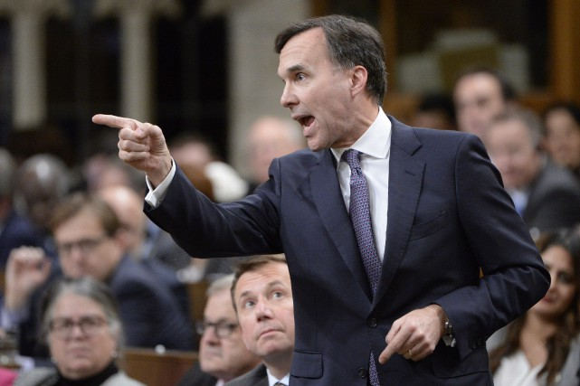 Depuis la rentrée parlementaire, le ministre Bill Morneau... (PHOTO archives PC)