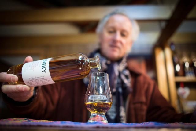 Jean Metzger, responsable du développement de la distillerie... (Photo AFP)