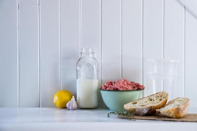 Les ingrédients pour concocter cette recette de farce... (PHOTO MARCO CAMPANOZZI, LA PRESSE)
