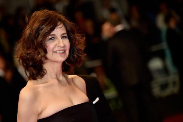 Valérie Lemercier compte réaliser un biopic sur Céline... (AFP PHOTO/BERTRAND LANGLOIS)