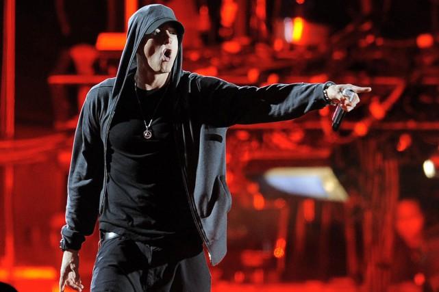Eminem... (PHOTO AP)