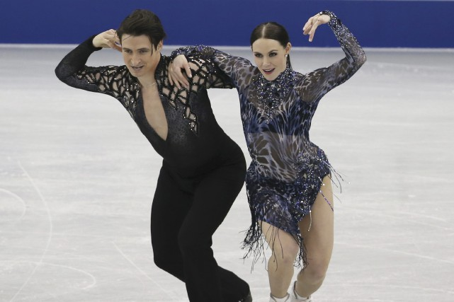 Scott Moir et Tessa Virtue... (Photo Koji Sasahara, AP)