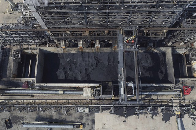 Dans cette raffinerie d'East Chicago, en Indiana, on... (AP)
