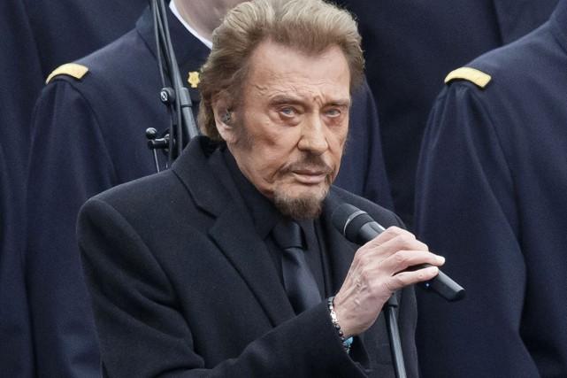 Johnny Hallyday lors d'une cérémonie tenue en janvier... (Photo archives AP)