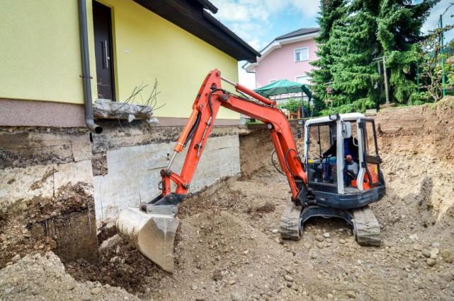 Creuser pour agrandir le sous sol andr dumont conseils for Agrandir fenetre sous sol