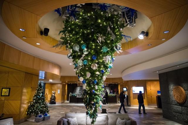 De nombreux hall d'hôtel offre la vue d'unsapin... (Photo Darryl Dyck, La Presse canadienne)