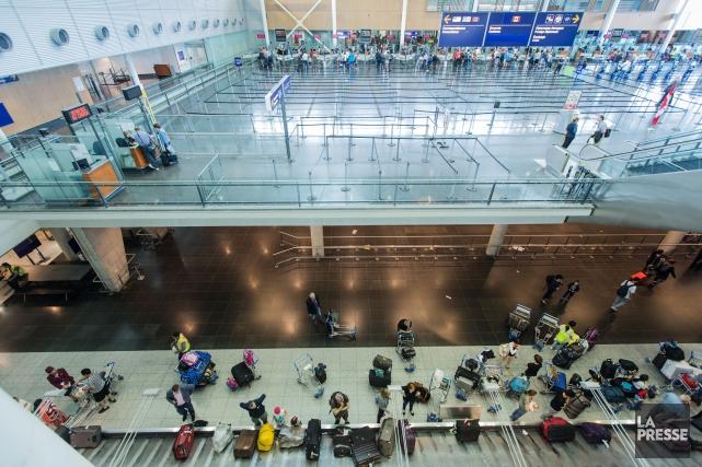 Les voyageurs devront donc patienter encore des mois... (Photo EDOUARD PLANTE-FRÉCHETTE, ARCHIVES LA PRESSE)