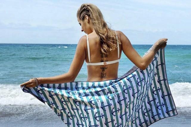 La serviette de plage Tesalate est fabriquée avec... (Photo fournie par Tesalate)