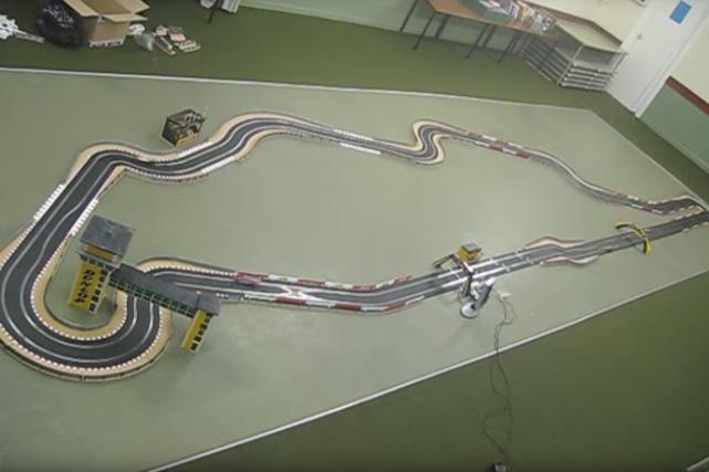 Cette réplique du Circuit Gilles-Villeneuve faite avec une...