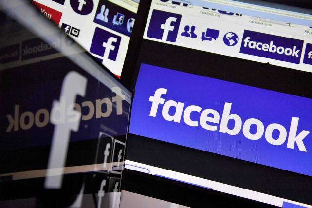 Facebook, sur lequel pleuvent les critiques depuis plusieurs... (PHOTO LOIC VENANCE, ARCHIVES AFP)
