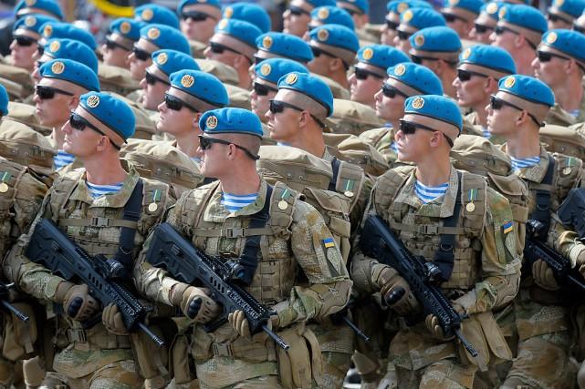 Les États-Unis ont annoncé vendredi qu'ils allaient muscler... (PHOTO EFREM LUKATSKY, ARCHIVES ASSOCIATED PRESS)