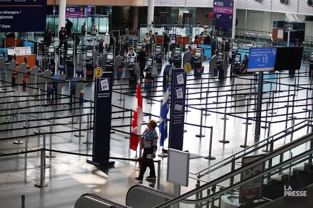Entre 50000 et 60000personnes sont attendues à l'aéroport... (PHOTO MARTIN CHAMBERLAND, ARCHIVES LA PRESSE)