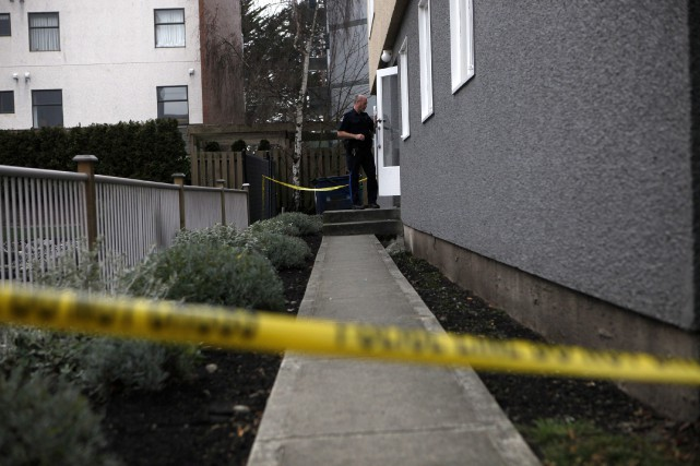 Les autorités ont affirmé qu'un homme blessé, dont... (PHOTO PC)