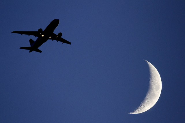 L'avion reste donc le moyen de transport le... (Odd Andersen, AP)