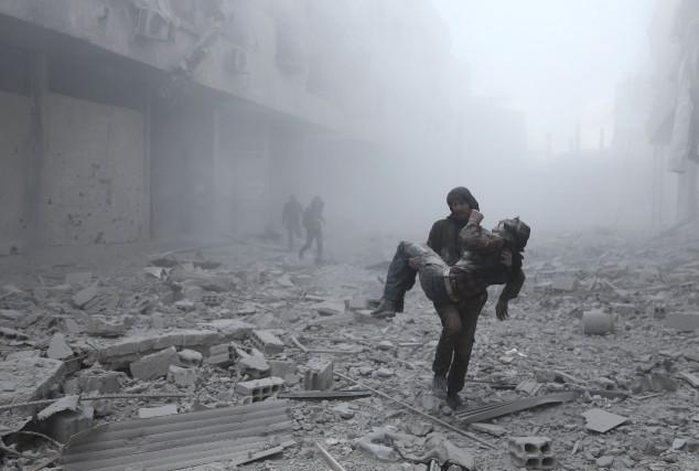 La Russie s'est impliquée depuis septembre 2015 dans... (PHOTO AFP)