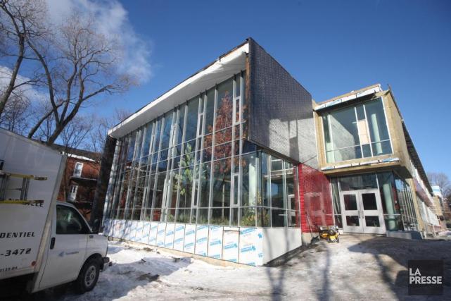 Un pavillon adjacent à l'école Félix-Leclerc est en... (PHOTO MARTINCHAMBERLAND, LA PRESSE)