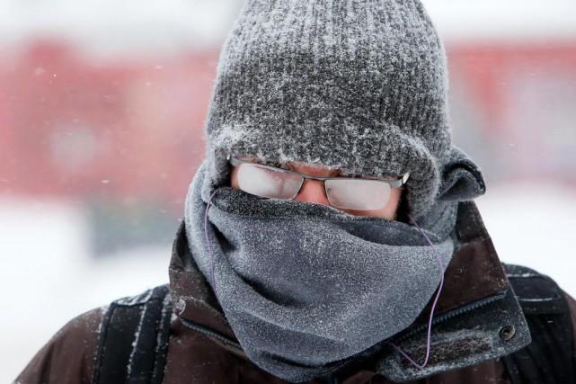 «On perd 40% de la chaleur par la... (Photo Robert Skinner, archives La Presse)