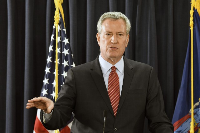 Le maire de New York, Bill de Blasio.... (Photo Hans Pennink, AP)