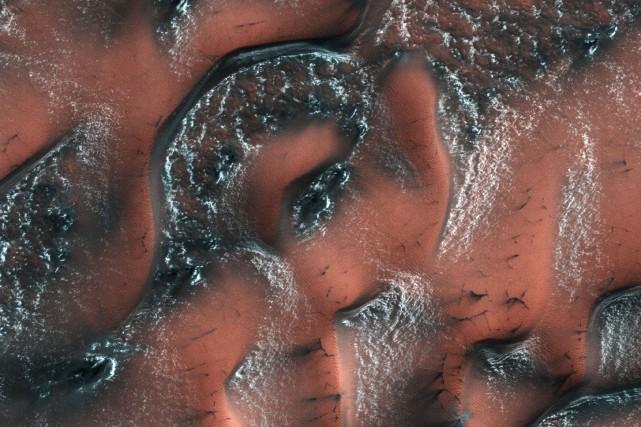 L'existence de glace dans le sol martien est... (ARCHIVES AFP)