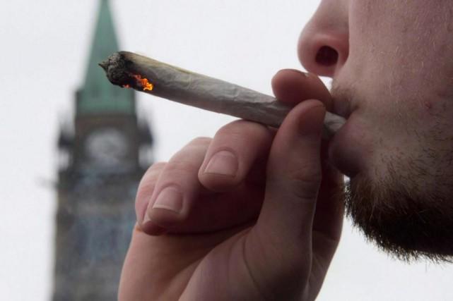 Près de 600 000 Canadiens ont un casier... (PhotoAdrian Wyld, Archives La Presse Canadienne)