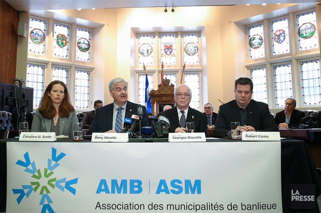 Christina M. Smith,la mairesse de Westmount, Beny Masella,... (Hugo-Sébastien Aubert, La Presse)